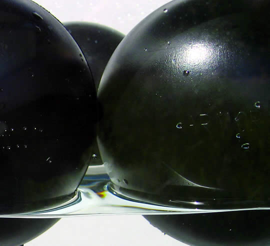 Armor Ball™ High Performance Floating Cover